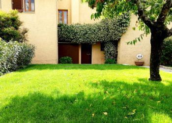 vista-esterna-Residence-il-Leccio-Paganico